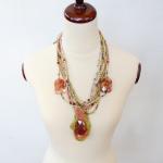 Multi gr necklace